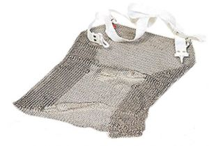 AV4988 Stainless steel accident-prevention apron with shoulder straps